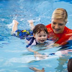 swimming lessons for kids singapore